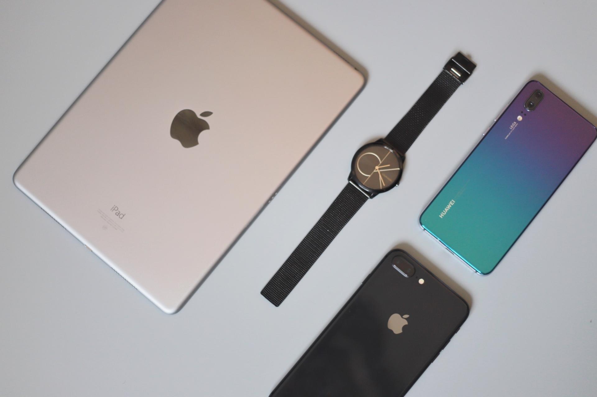 iPhone 13 Pro全新概念渲染图曝光 指纹传感器将首次置于屏幕下方