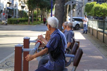 岳陽市大力發展養老服務業 讓百余萬老人老有所依